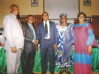 From left to right: Prof. Stella Williams with Prof. Uche Amalu (DVC, Academic) rep. of the VC of University of Calabar, Prof. Francis Emile Asuquo (Coordinator, MACORN-UNICAL), Prof. Paul Ajah (HOD, Fisheries and Aquaculture) and Prof. (Mrs.) Grace Eno Nta (Director, Centre for Teaching & Learning Excellence, University of Calabar, Nigeria).