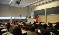 Während der Abschlussveranstaltung der V. MARE Konferenz wurden nochmals die Teilnehmer und Beweggründe der Ausstellung erläutert