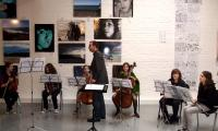 The HGH school orchestra framed the vernissage with classical music